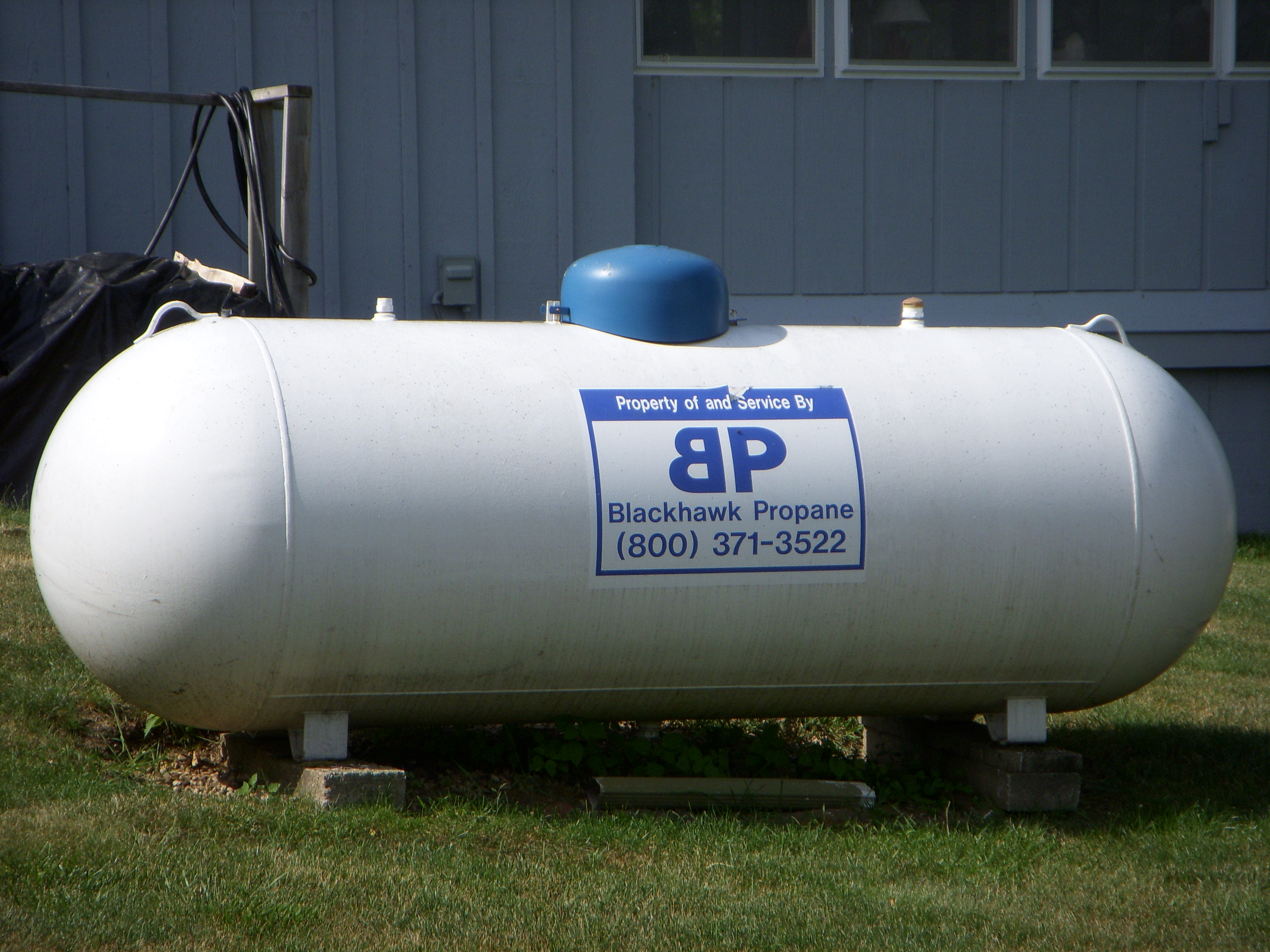Propane tank hookup to house